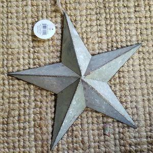NWT Galvanized Metal Star